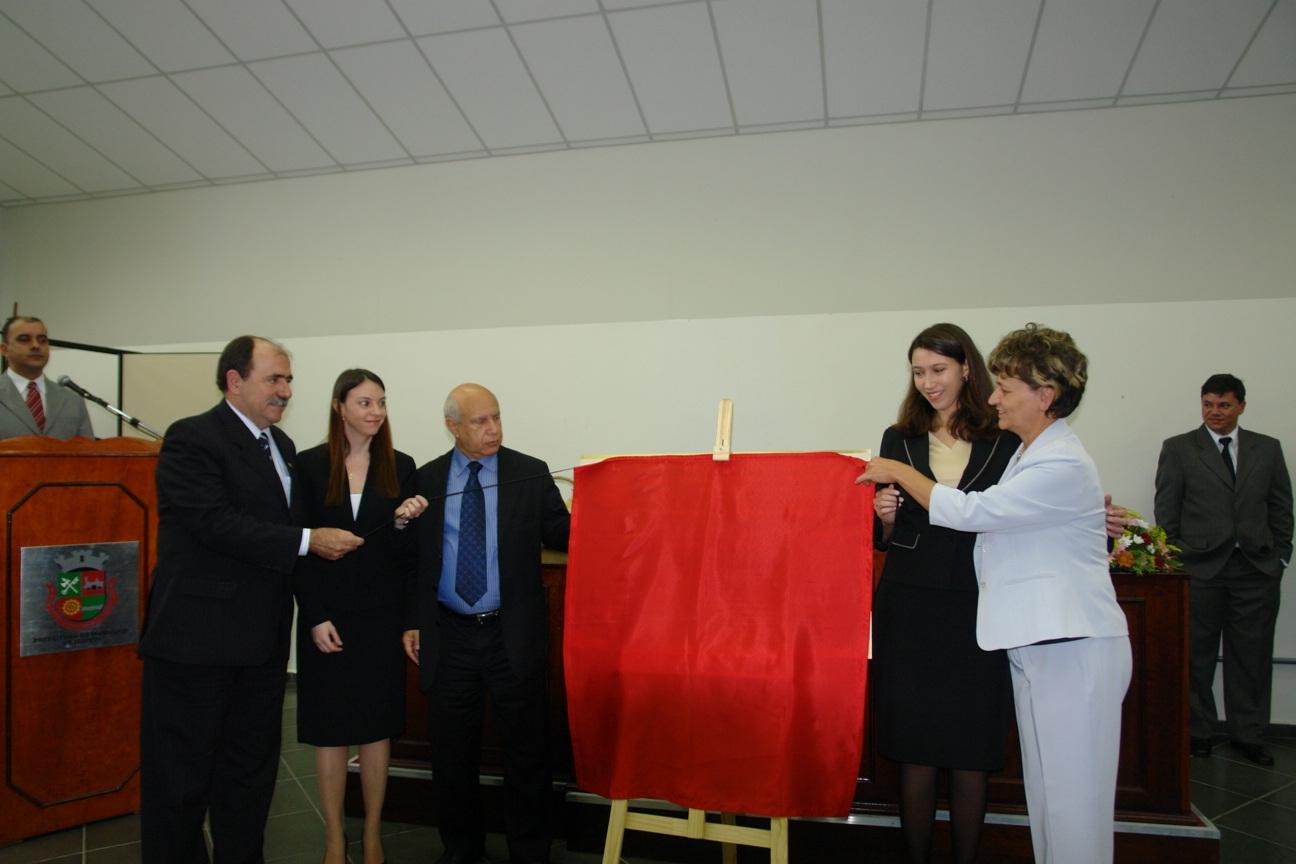 descerramento da placa de instalao Fórum de Itapevi inaugura 3ª Vara Judicial