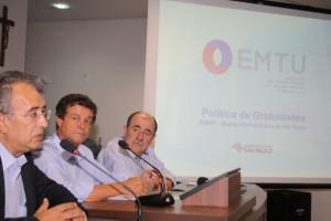1 (4)-Joaquim Lopes, Betinho e Caramez durante palestra em Jandira