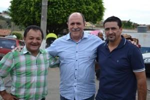 Ferreira, Caramez e Lambari