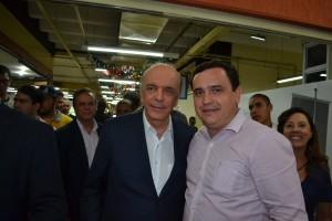 32- Serra com o prefeito de Pirapora do Bom Jesus, Gregório