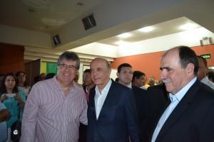39- Prefeito de Itapevi, Jaci Tadeu, senador José Serra e o subsecretário de Estado e presidente do PSDB de Itapevi, João Caramez